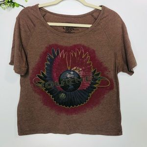 Journey Band Graphic Crop Tee Shirt Brown Red